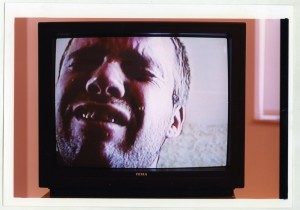 Jesper Alvaer, záběr z videa You Shouldn't See Me Like This, 1998